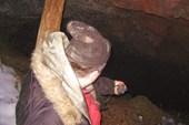 В пещере(железная руда)