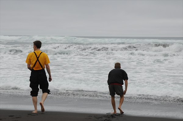 Омовение ног в Тихом океане