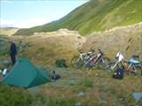 33. Лагерь в верховьях Бугузуна.