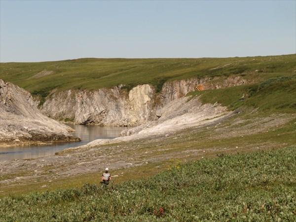 Начало беломраморного каньона, вид из тундры.