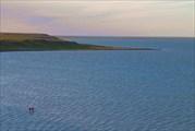 Бредем по мели в отлив. Вид с моренных гряд.