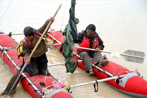 Как мы катали тибетцев на катамаране