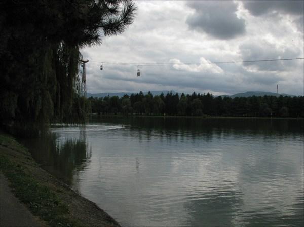 Нальчик. Озеро в парке