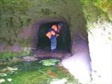 у входа в пещеру-дот