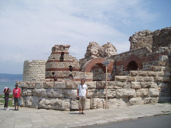 Крепостная стена (Несебр)