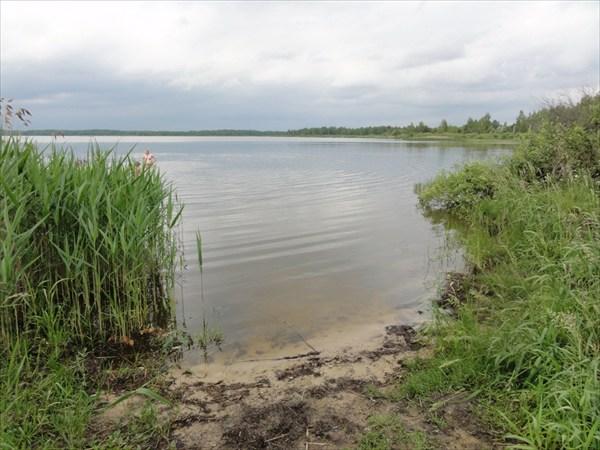 на фото: Озеро Белое