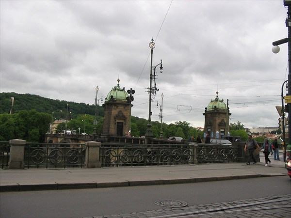 Въехали в Прагу