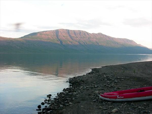 Озеро Собачье. Хребет Акырма
