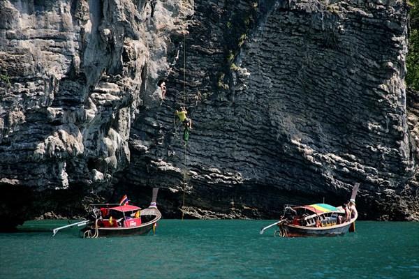 Скалолазы и скаловисы на островках