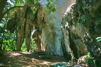 Скалы у Diamond Cave