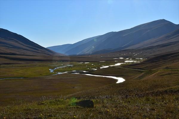 Где-то в долине Западный Каракол