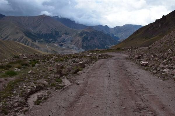 На перевале Кара-Кичи