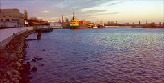 11.11.08_Набережная промзоны. Р.Преголя