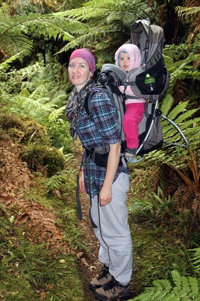 У Кати рюкзак-переноска (Тая 10 кг + 20 литров для вещей)