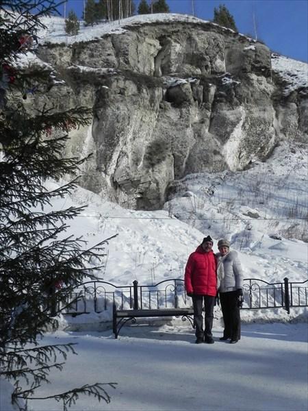 Ледяная гора (у входа в пещеру)