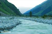 Река Адыр-Су на рассвете