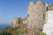 Крепость Маркаб на побережье Средиземного моря