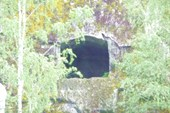 Тальков камень. Пещера в скале. Глубина около 2 м