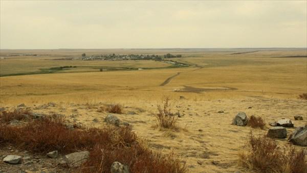 Вид на село Чишинское с горы Предков