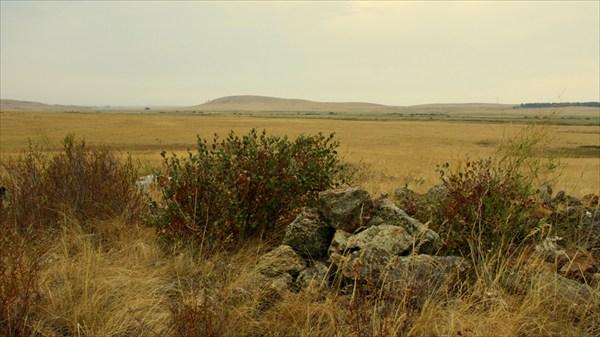 В долине Караганки почти каждый холм- погребение