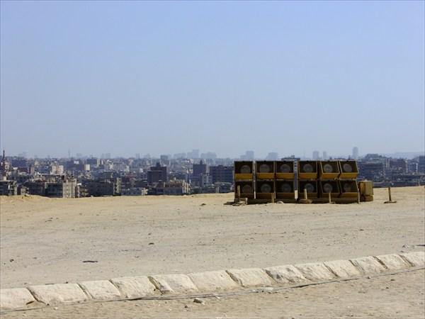 Вид на Каир от пирамид, с Гизы