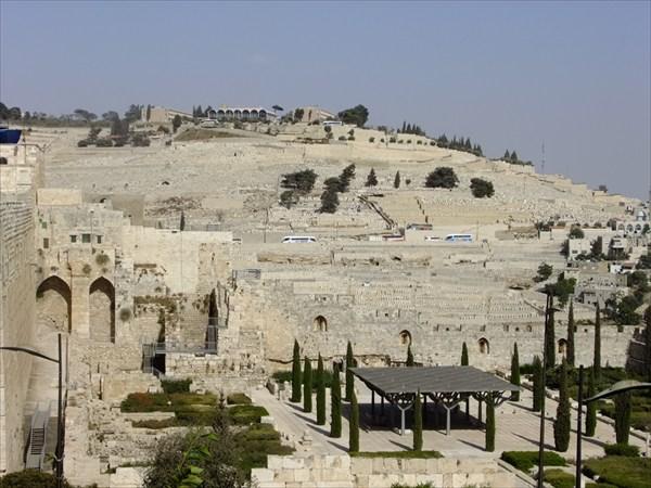Масличная гора. Главное и старейшее иудейское кладбище