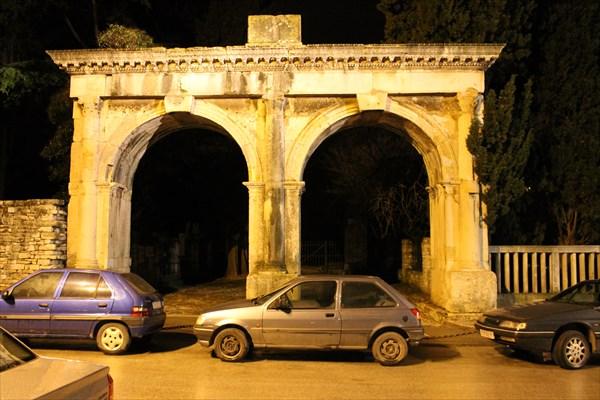 Двойные ворота
