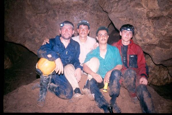 Мы в пещере Giniba Cave